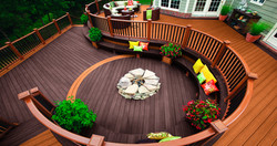 S-Curved two-tone deck/railing