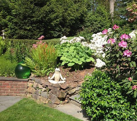 AV_garden2_850x750.jpg