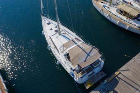 sail-orion-beneteau-oceanis-411-3.jpg