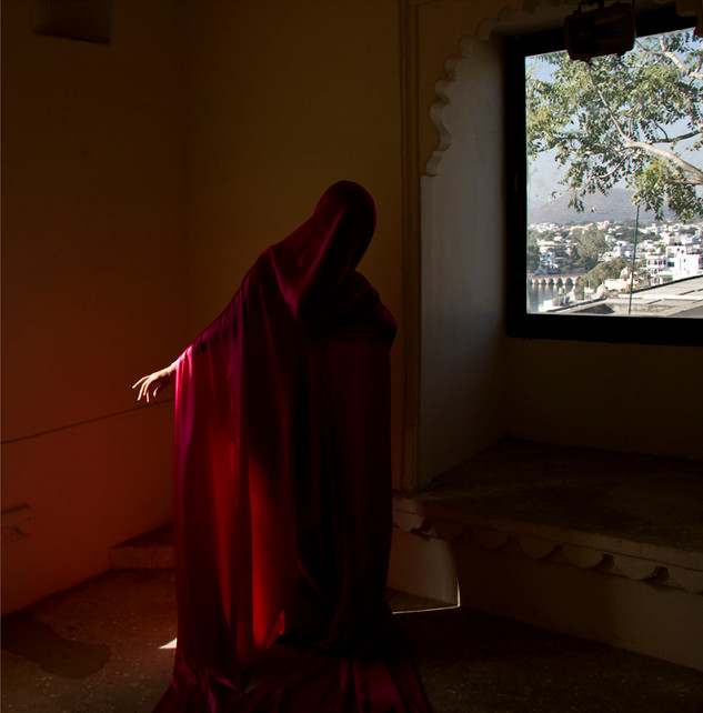 Guler Ates | Emptiness of Light II | 2013