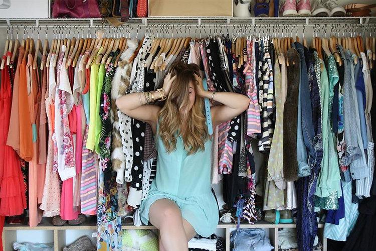 clothing-rack-stressed-girl-1100x733.jpg