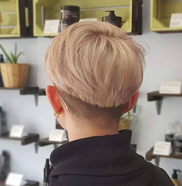 Haircut, bleach & semi-permanent full-head tint