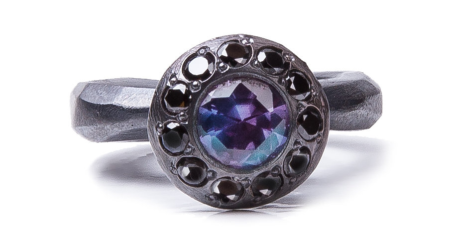 RING XXVI [keila round black]