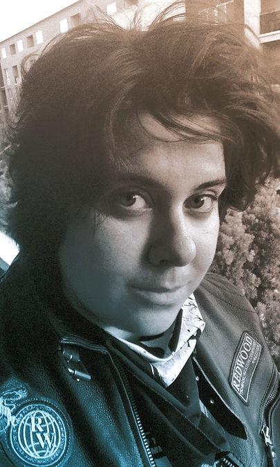 Website-Portrait_001_edited_edited.jpg