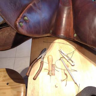 réparation & entretien de vos articles en cuir