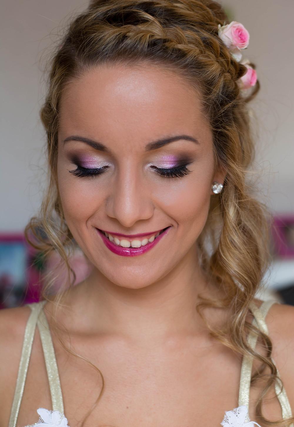 Maquillage romantique & lumineux dans les tons de rose