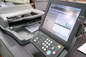 การพิมพ์ที่ใช้เครื่องพิมพ์ต่อพ่วงกับคอมพิวเตอร์ โดยรับข้อมูลภาพจากคอมพิวเตอร์มาพิมพ์