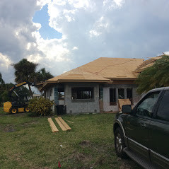 Major renovation -roof framing 2.JPG