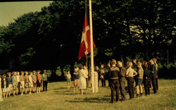 3. Lejrskole. Bøgebjerg.Fyn. Morgensang.