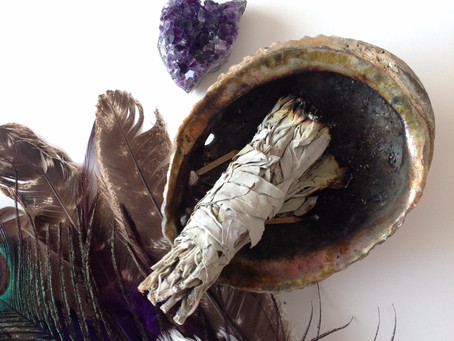 How To Use Sage For Your Smudging Rituals