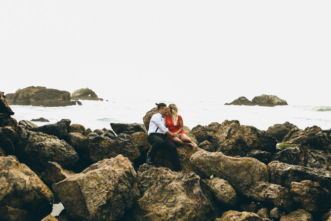 Jana + Dallan (Sutro bath engagement)