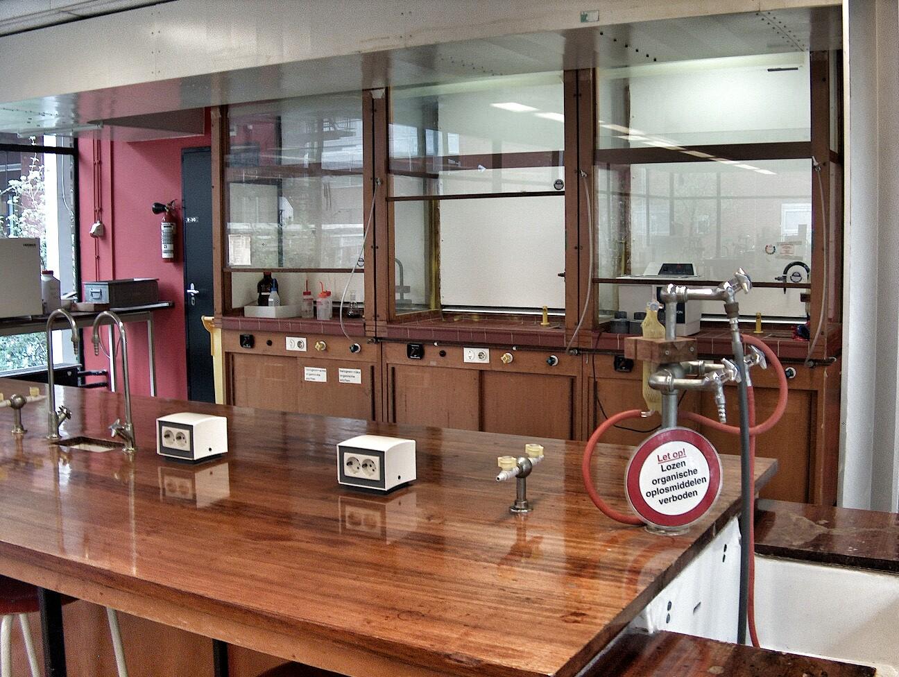 Advies laboratoria praktijklokalen
