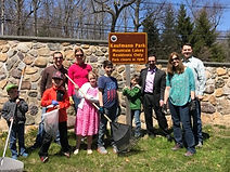 earth day clean up group picture