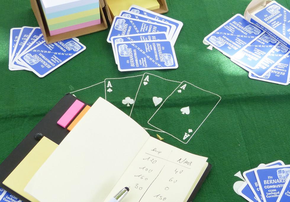 12 objet publicitaire jeux de cartes loi