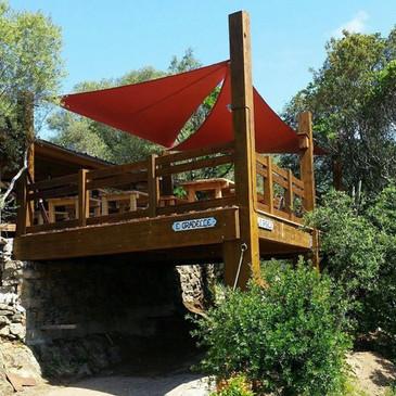 Notre terrasse en bois en impose