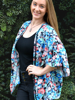 Kimono - Blue and red carnation print
