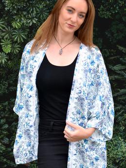 Kimono Style Blue Paisley print