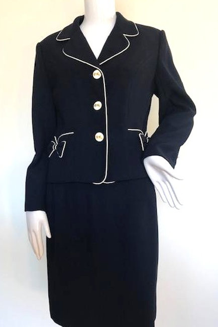 Vintage '80's Chanel style Suit - Medium