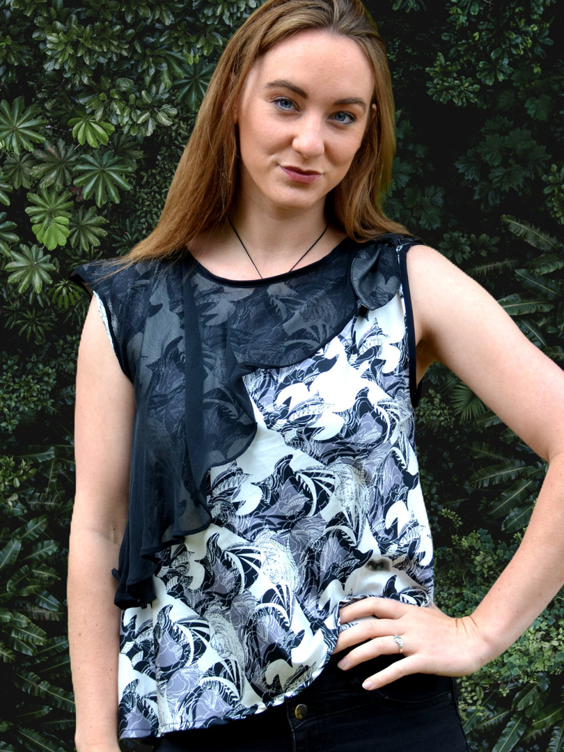 Silk Collection Sleeveless top with silk ruffle