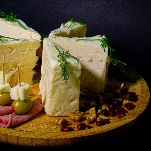 Tam Yağlı 'SERT' Olgunlaştırılmış Ezine Peyniri - İnek %85 & Koyun %15