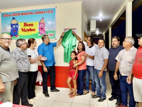 Pela primeira vez na historia  duas escolas em Mâncio Lima são construídas em apenas 33 dias