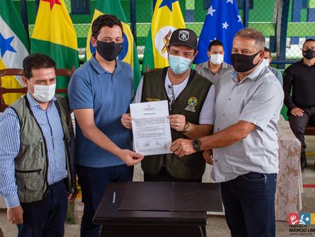Gladson entrega equipamentos e anuncia R$ 172 milhões de investimentos para o Juruá