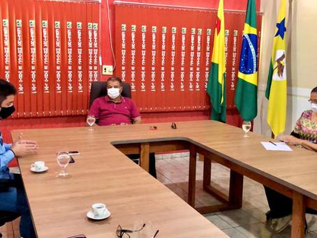 Prefeito Isaac Lima busca esforços no combate ao novo coronavírus