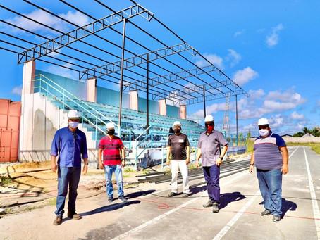 Em Mâncio Lima mais de R$ 16 milhões em obras tem garantido emprego e renda para dezenas de famílias