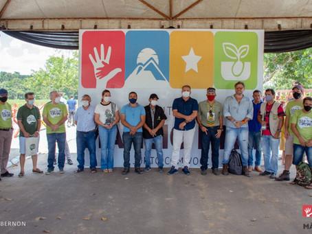 """Em Mâncio Lima, comitiva da campanha """"Aqui tem Turismo"""" é recebida na Alameda das Águas"""
