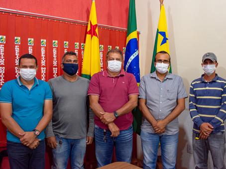 Prefeitura de Mâncio Lima e Embrapa reafirmam continuidade de parcerias