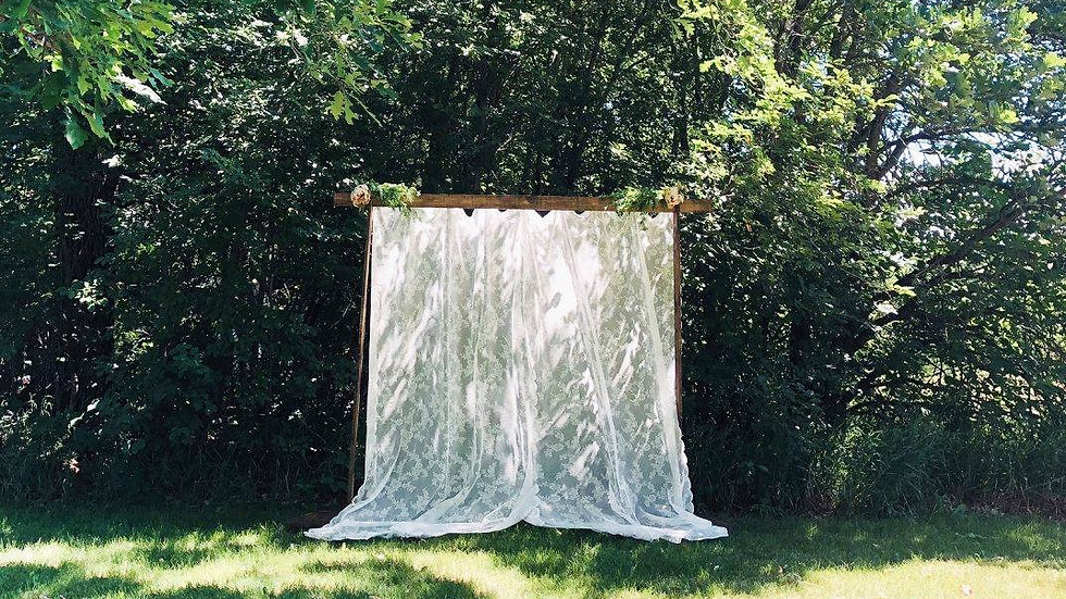 Lace photo backdrop with frame