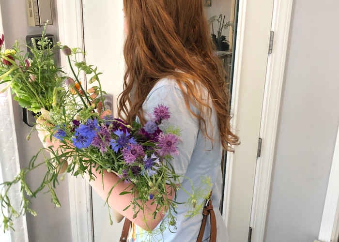 Delivering our first free bouquet