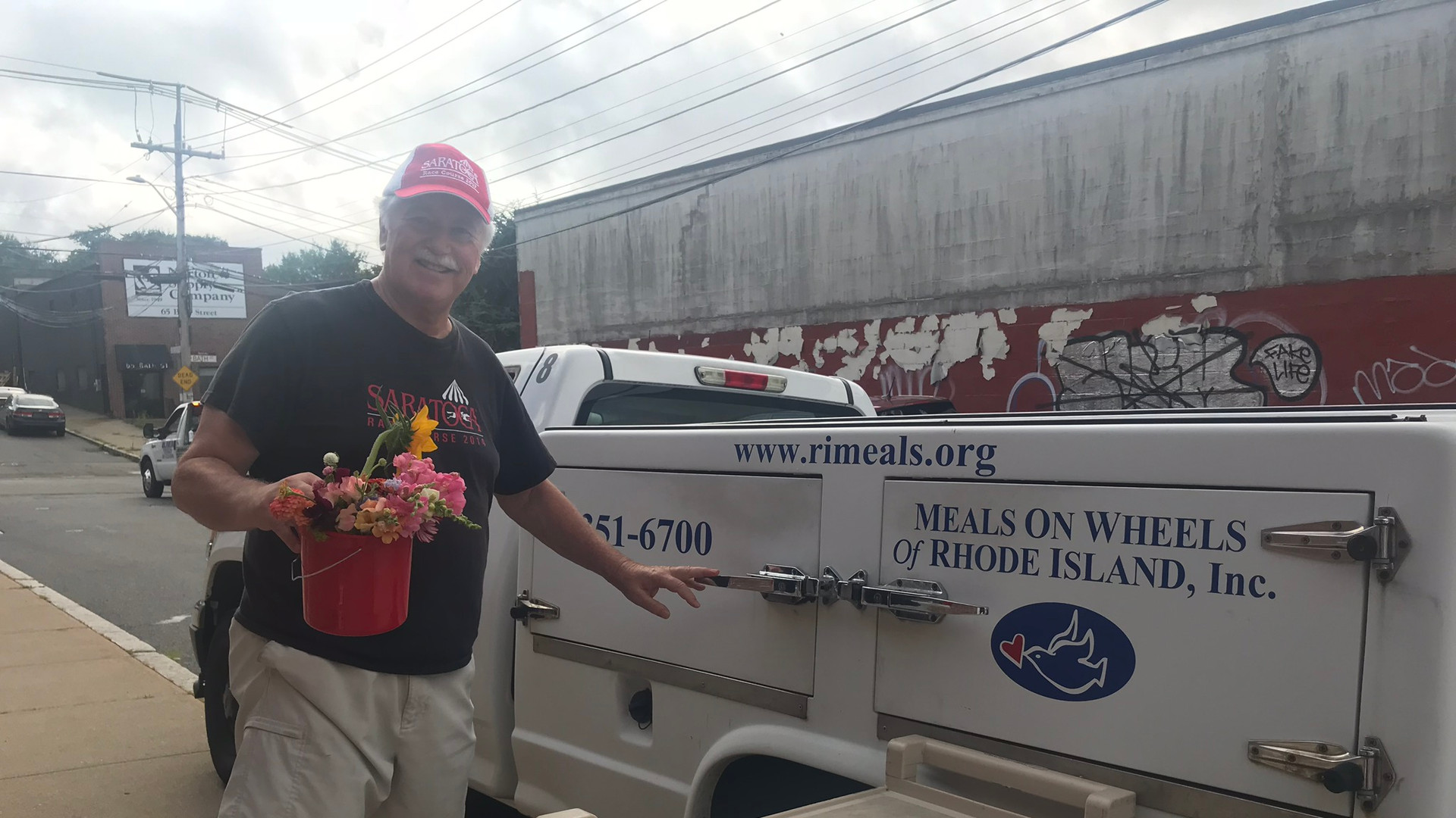 Meals on Wheels drivers love delivering fresh flowers