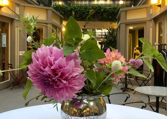 Farm bouquet rentals include vases