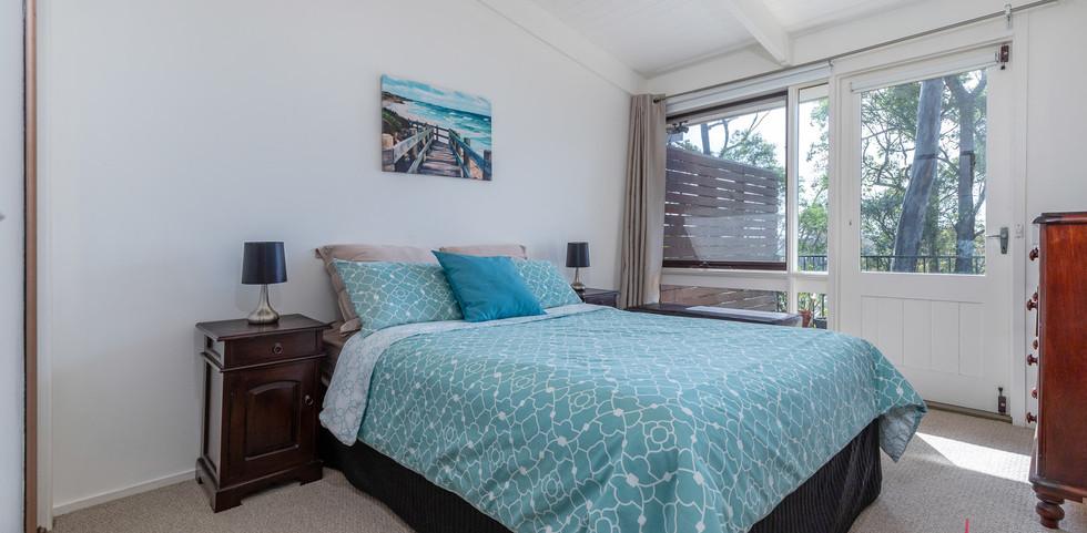 20 Beechwood Web Bed2.jpg