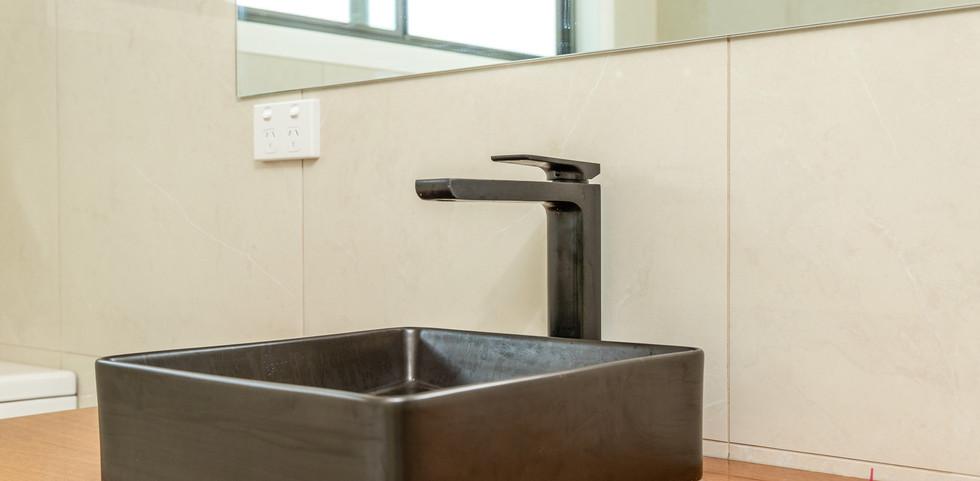 3 Bimbimbie Web Bath3.jpg
