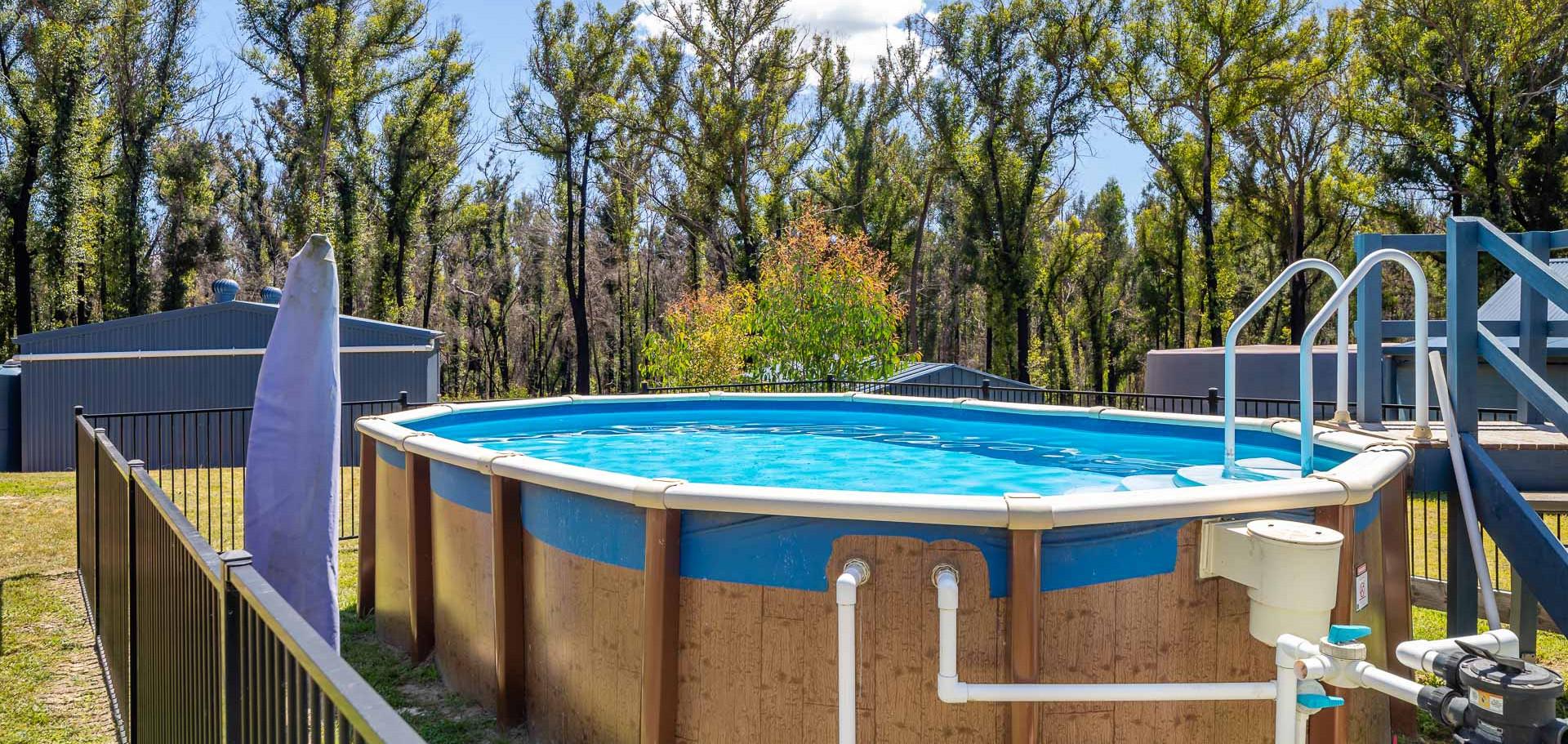 44 Sharnie Web Pool.jpg