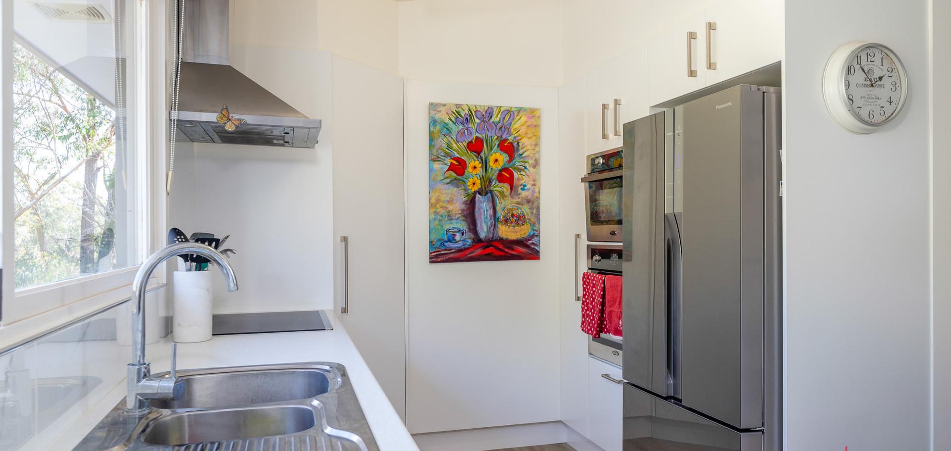 20 Beechwood Web Kitchen2.jpg