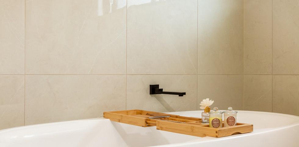 3 Bimbimbie Web Bath2.jpg