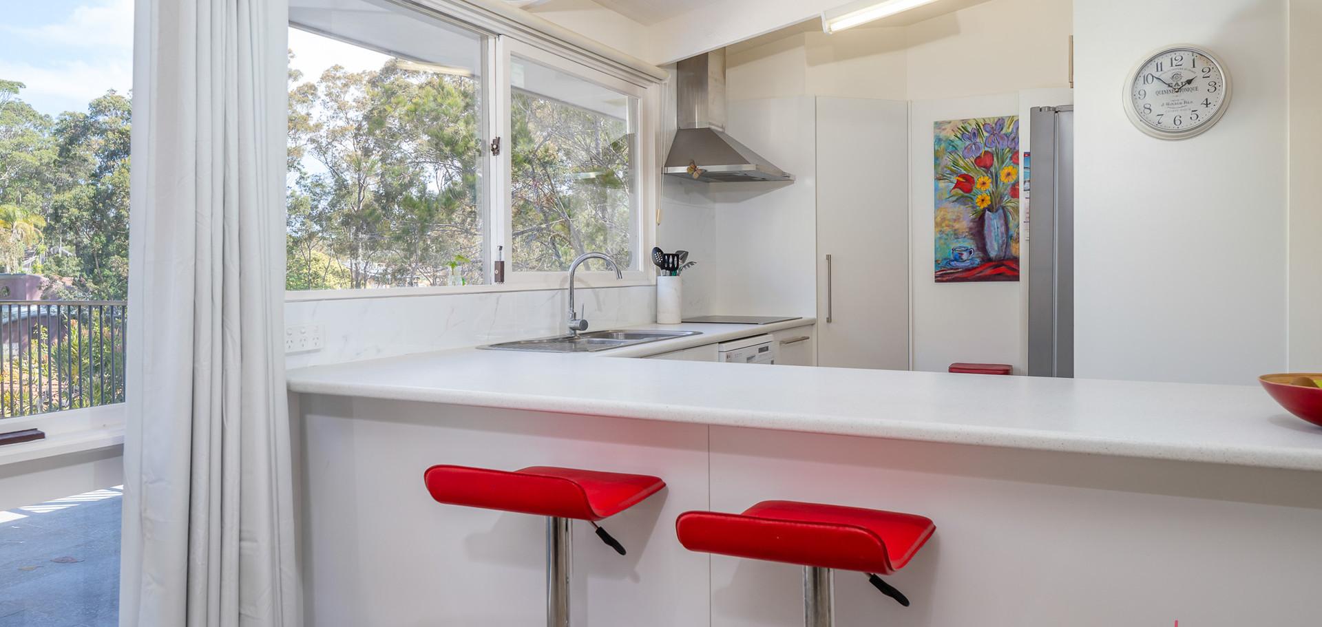 20 Beechwood Web Kitchen1.jpg