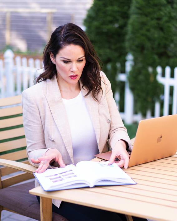reading outside.mp4