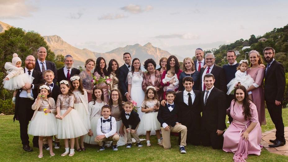 Bridal Party Hout Bay Lawn5.JPG