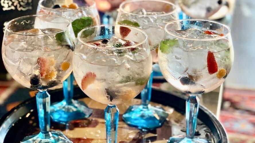 Gin Bar 12.JPG