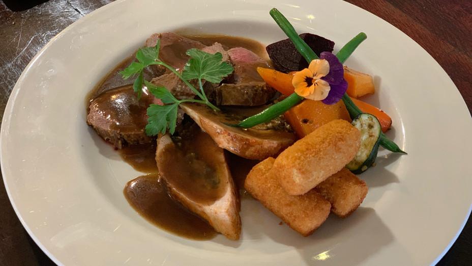 Plated Beef & Chicken Roastie2.jpg