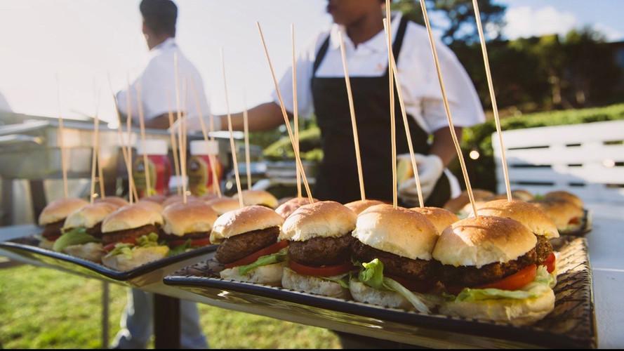 Llandudno Braai Mini Burgers.JPG