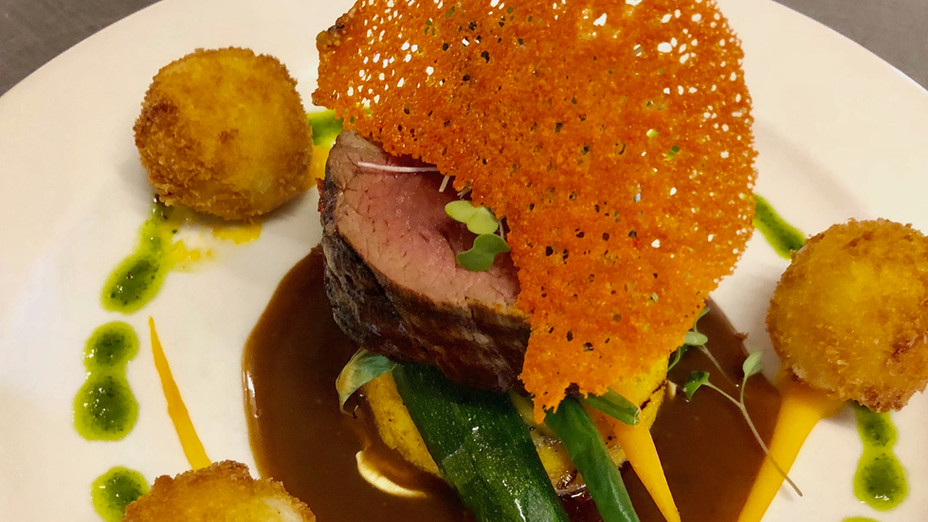 Plated Beef Roulade 5.jpg