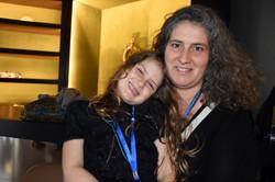 Teresa Aguiar & daughter