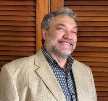 """Elvio Ramón Sánchez : """"La necesidad nos va agudizar el ingenio"""""""