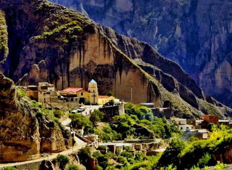Iruya, el pueblo que desciende de la montaña en Salta