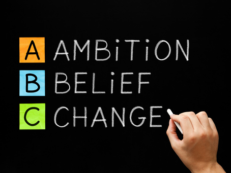 Pequeño gran desafío: cambiar nuestras creencias cuando nos debilitan